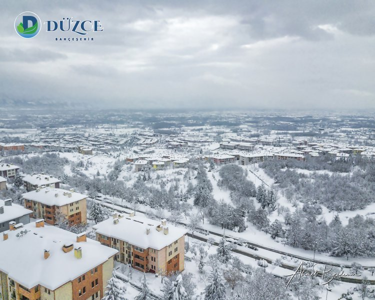 Düzce Bahçeşehir Bölgesi Kar Kış