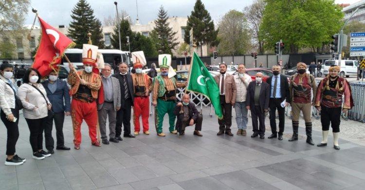 ABD Büyükelçiliği önünde mehter eşliğinde kınama!