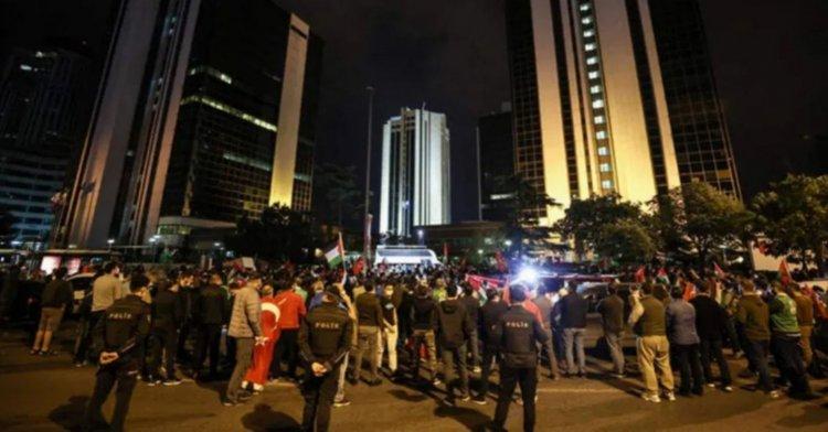 İstanbul'da gece yarısı İsrail protestosu!