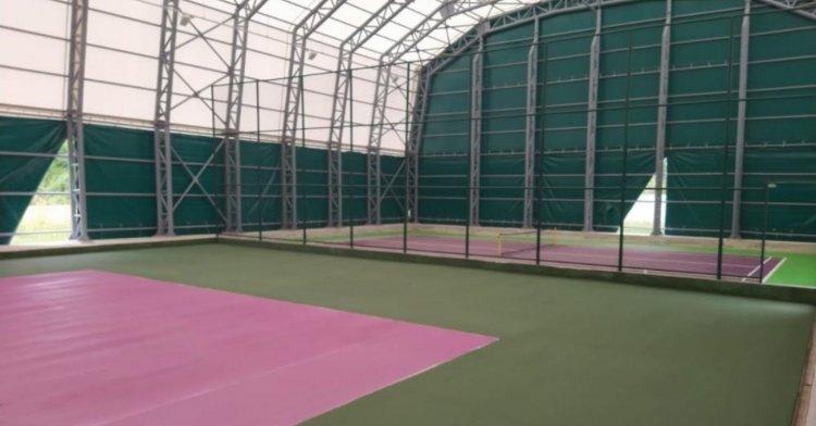 Tenis kortunda hazırlıklar sürüyor!
