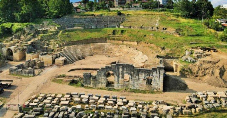 Antik kentte çalışmalar devam ediyor!