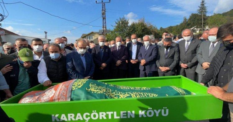 Düzceli Vali Ustaoğlu'nun babası toprağa verildi!